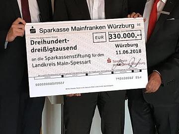 Sparkassenstiftung um 330 000 Euro aufgestockt