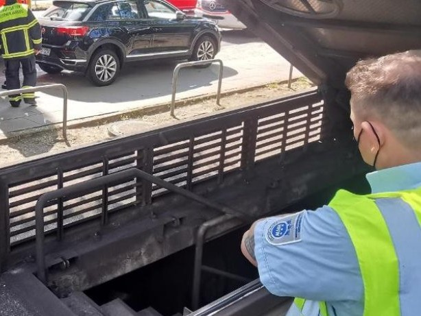 Unfälle: U-Bahn fährt in Tunnel gegen Bohrer