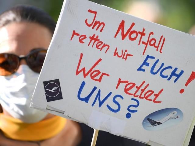 Lufthansa streicht auch in den Führungsetagen Stellen