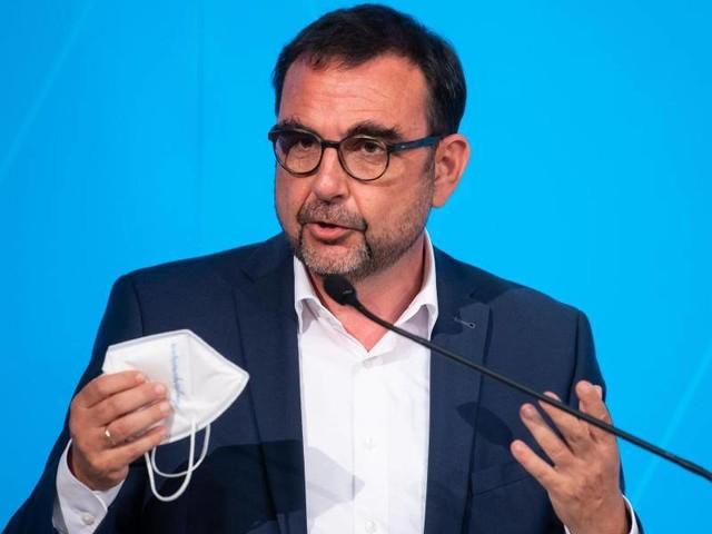 Druck auf Impfverweigerer: Bayern: Gesundheitsminister offen für kostenpflichtige Tests