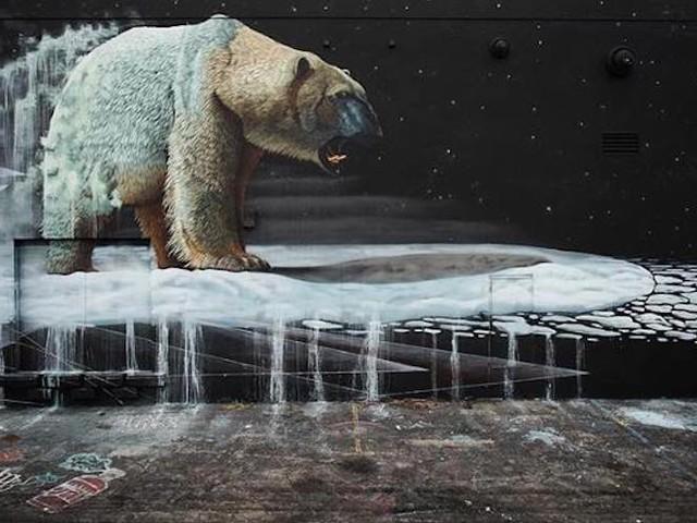 """""""Nanuk"""" – Street Artist Sonny Sundancer bringt einen Eisbären nach Wynwood // Miami"""