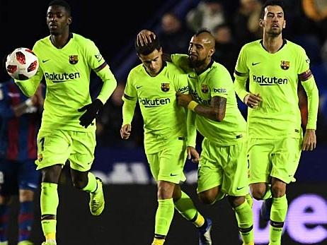 Fussball Fc Barcelona Gegen Fc Sevilla Copa Del Rey Heute Live Im