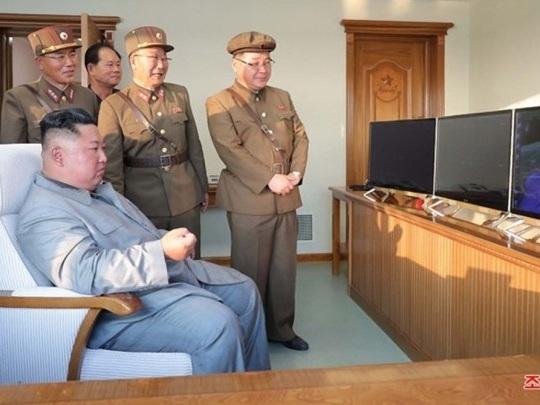 Nordkorea - Bericht über erneuten Abschuss von Raketen