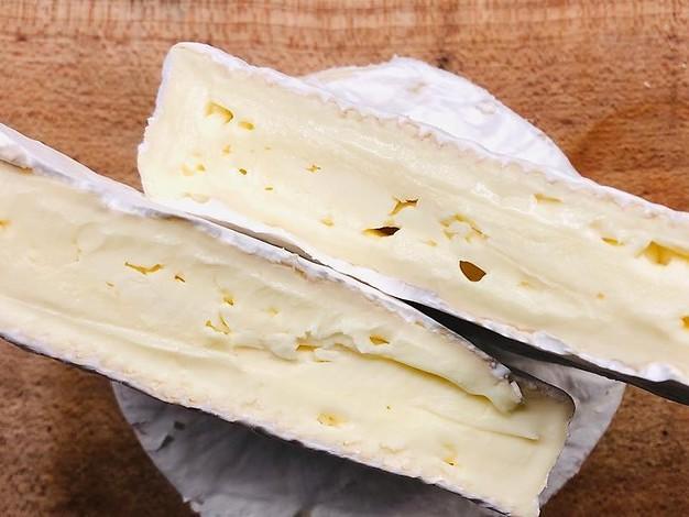 In Sachsen-Anhalt verkauft: Hersteller warnt vor gefährlichen Kolibakterien in Käse