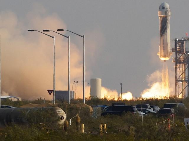 """Bezos Weltraumausflug: """"Der beste Tag aller Zeiten"""""""