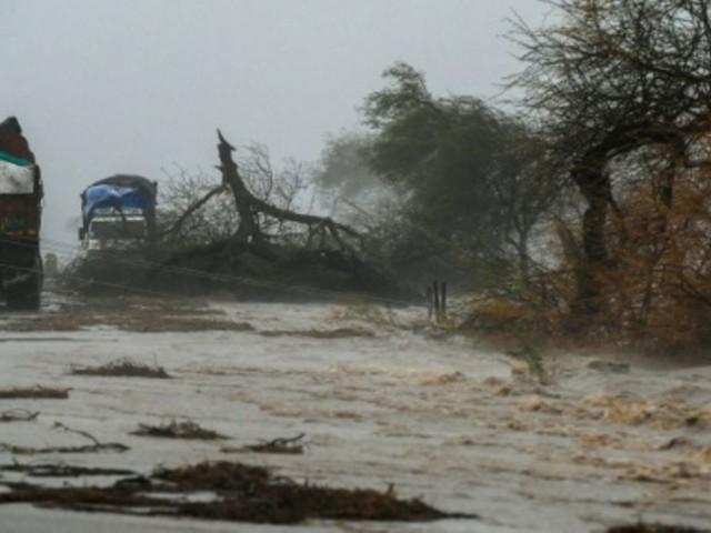 """Mindestens 27 Tote durch heftigen Zyklon """"Tauktae"""" im Westen Indiens"""