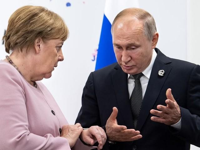 Merkel fordert Deeskalation in der Ostukraine
