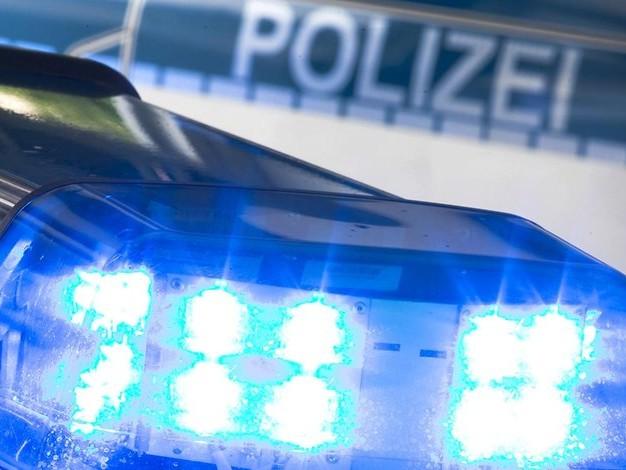 Um Dieb zu stoppen: Ladenbesitzerin aus Ravensburg hängt sich an Tür von Fluchtwagen