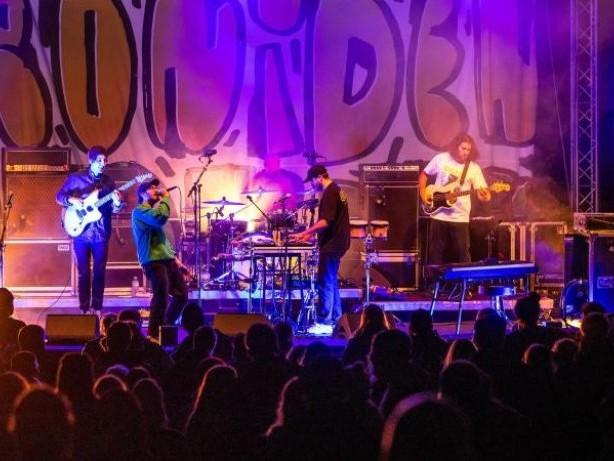 """Musik: Die """"Leoniden"""" sorgen beim Forstrock in Jamel für Stimmung"""