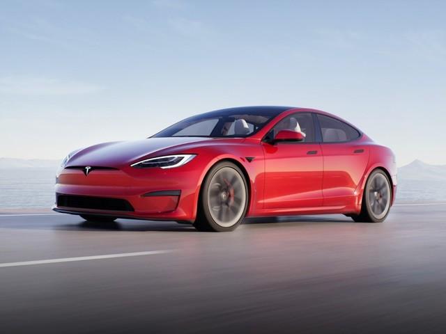 Porsche im Visier: Neues Tesla Model S wieder auf dem Nürburgring