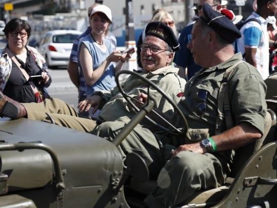 Paris - Parade erinnert an Befreiung vor 75 Jahren