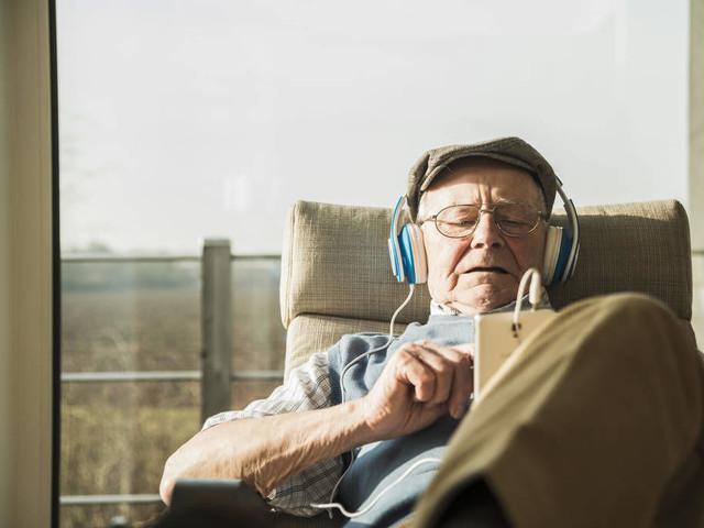 Darum sollte man bei allen Smartphones die Kopfhörerbuchse streichen