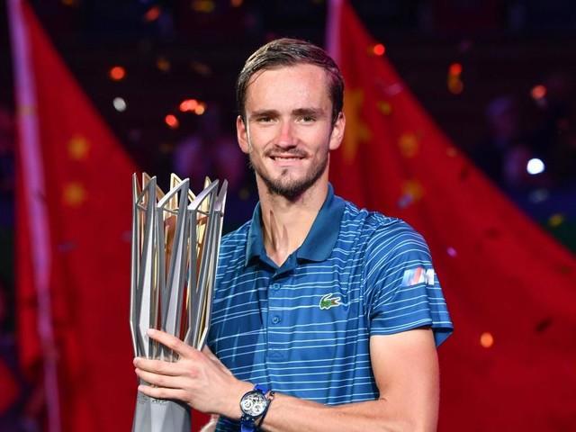 Schanghai: Medwedew besiegt Zverev im Finale deutlich