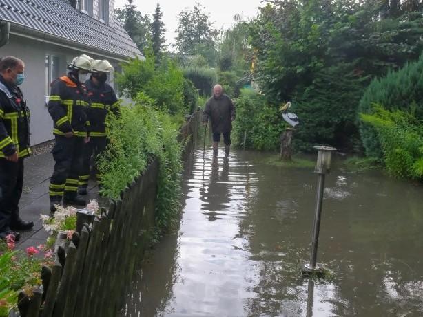 Wetter Hamburg: Starkregen überflutet den Nordosten der Stadt