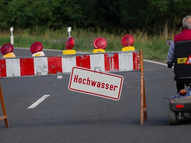 Unwetter ziehen weiter: Katastrophenfall auch in Oberbayern, zwei Tote