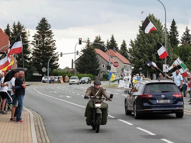 Sachsen: Wenn an der B96 die Wutbürger winken