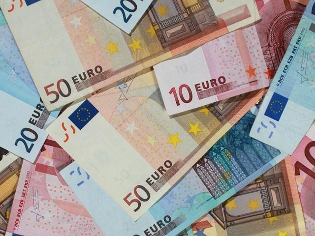 Solidaritätszuschlag bleibt: Finanzminister will bei Reichen nicht streichen