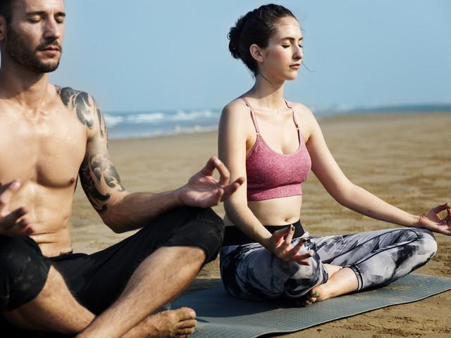 Yoga mit Kindern als Workshop im Ferienlager