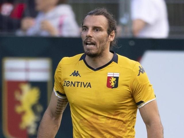 CFC Genua: Autowäscher fährt Fußballer-Ferrari zu Schrott