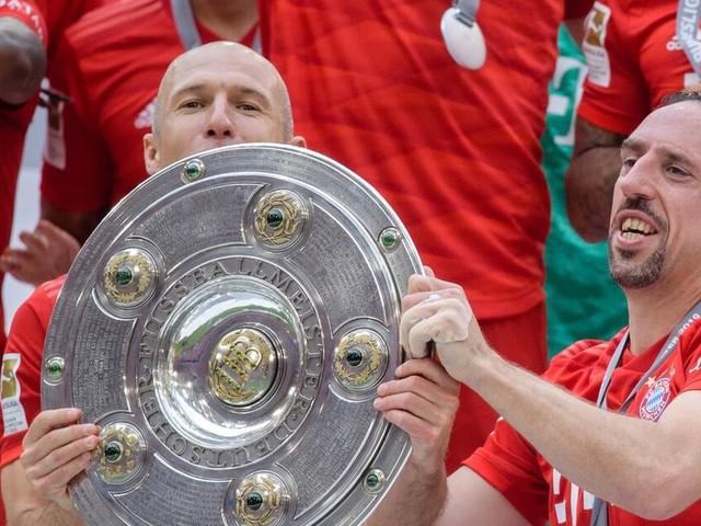 "Kovac jubelt am Bayern-Festtag: 7. Meistertitel mit ""Robbery""-Toren"