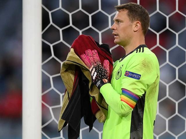 EM 2021: Deutschland: Darum trägt Kapitän Manuel Neuer eine Regenbogenbinde