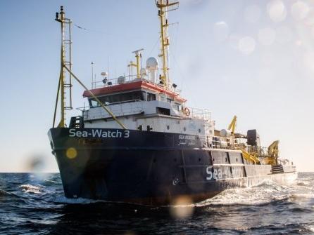 Italien droht hohe Geldstrafen für Rettung von Migranten an