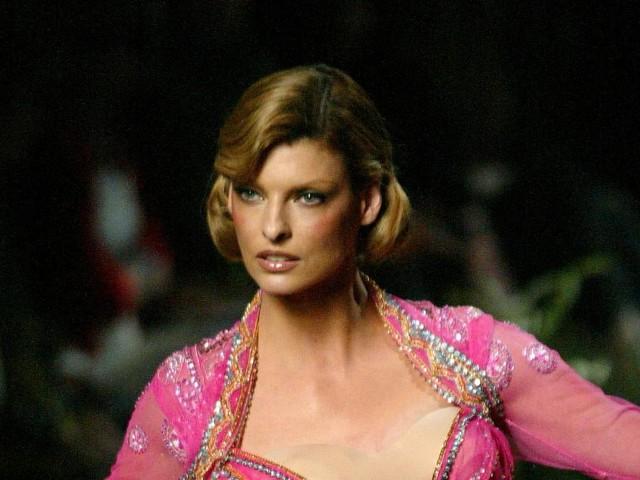 Ex-Model Linda Evangelista will 50 Millionen Dollar nach verpfuschter Schönheits-OP