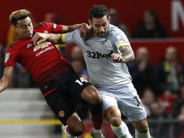 Ligapokal England: Manchester United blamiert sich - Man City souverän