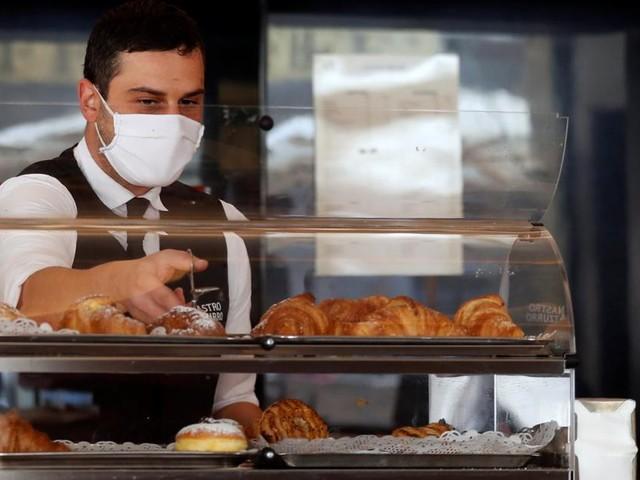 Tourismus: Warum es jetzt viel zu wenige Köche und Kellnergibt