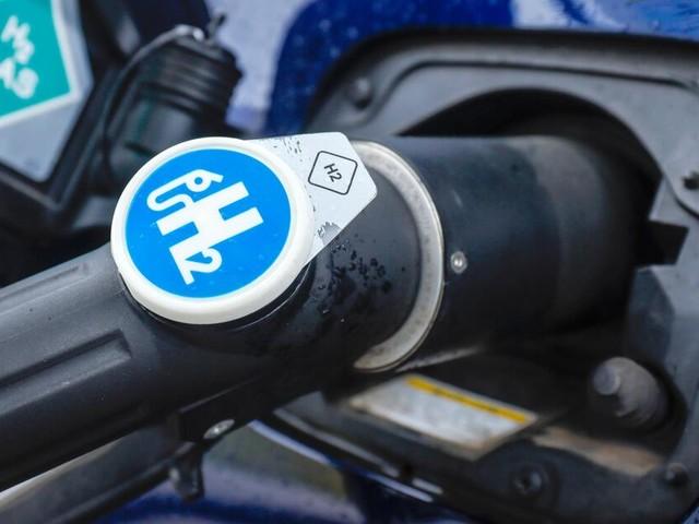 Batterie oder Brennstoffzelle: Welchem Antrieb gehört die Zukunft?