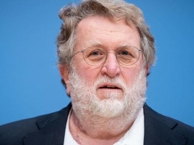 Stiko-Chef kritisiert Drängen auf Massenimpfung von Kindern und Jugendlichen