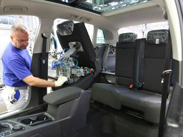 VW: Eigener Tarif-Vertrag und viele Extras - So lockt der Autobauer Mitarbeiter