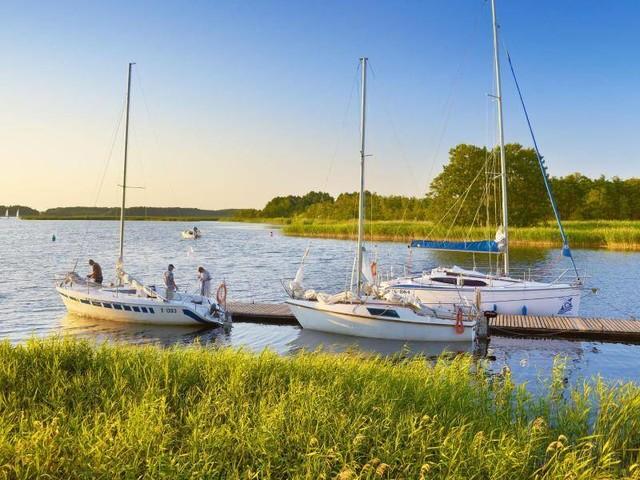 Einsame Natur in Polen: Suche nach der Ruhe: Bootsurlaub in Masuren