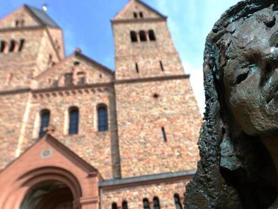 Hildegard von Bingen bekommt einen Wanderweg