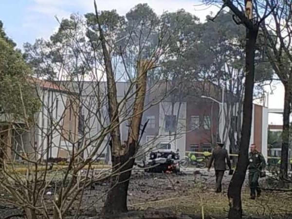 Terror ist zurück: Tote bei Bombenanschlag auf Polizeischule in Kolumbien