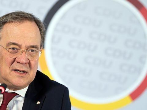Laschet: Hälfte in NRW bis Beginn der Sommerferien geimpft