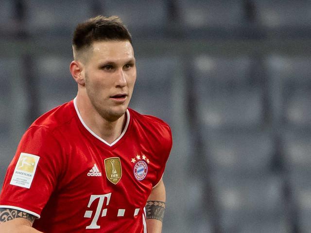 Bayern-Training: Süle muss abbrechen, Müller fasst sich ans Knie