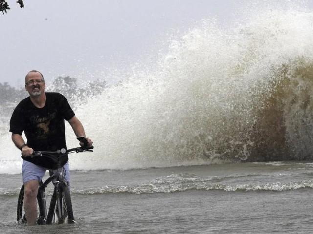 Tropensturm «Barry» trifft die Südküste der USA hart