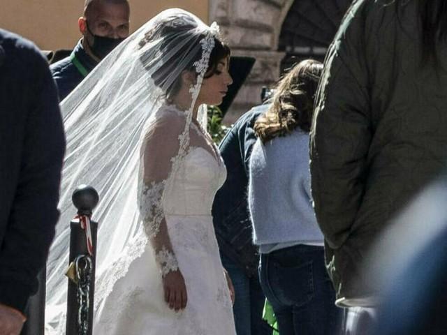 Lady Gaga: Im Brautkleid durch Rom