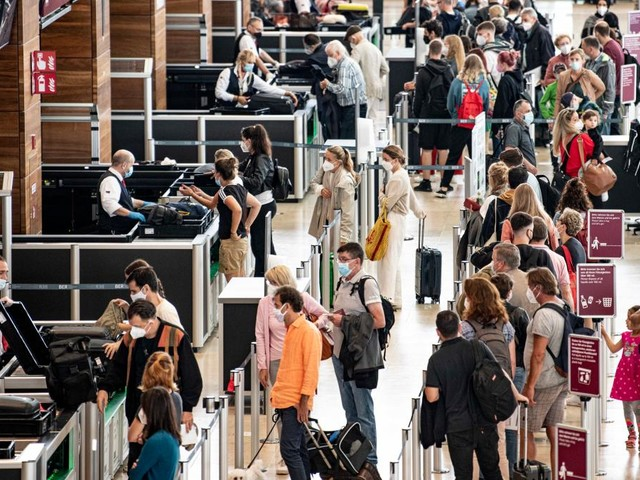 Regierung offenbar einig über Testpflicht für Reiserückkehrer ab 1. August