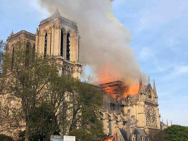 Kirche schwer beschädigt: Brandkatastrophe von Notre-Dame wird als TV-Drama verfilmt