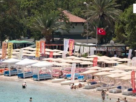 Touristen von hartem Lockdown in Türkei ausgenommen