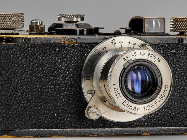 Ein alter Fotoapparat um 150.000 Euro