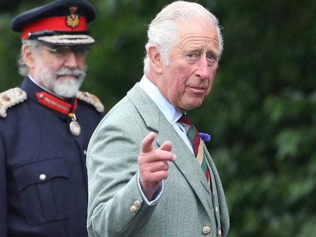 Nach Anklage gegen Prinz Andrew: Thronfolger Charles in Bedrängnis