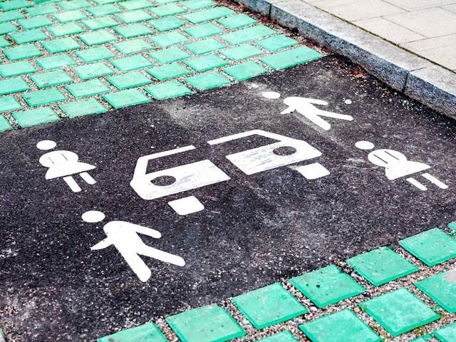 Carsharing: Ein Auto mit Nachbarn teilen - funktioniert das?