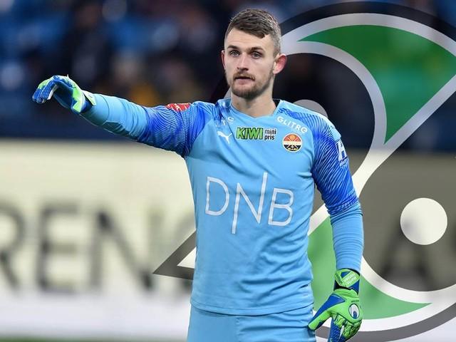 Drei Tage nach dem Transfer: Neuer 96-Torwart Hansen verletzt