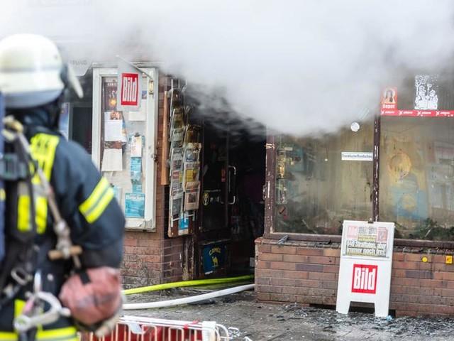 Familie nach Kioskbrand in Wiesbaden gerettet