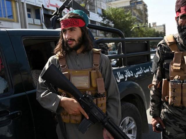 Taliban erlauben Evakuierung von über 200 Menschen