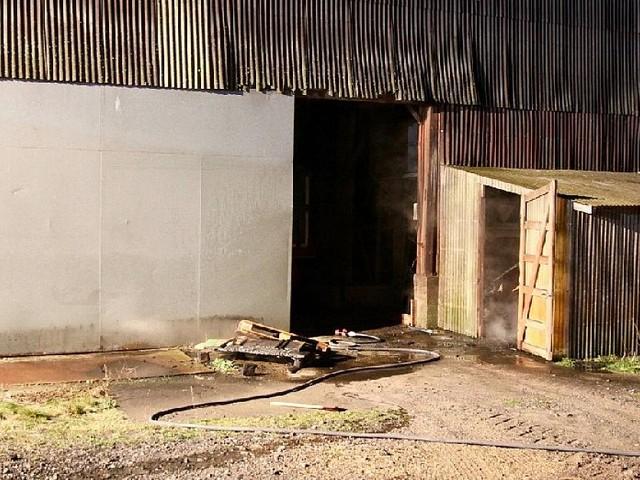 Burghaun - Größeres verhindert: Palettenbrand in Schuppen schnell unter Kontrolle
