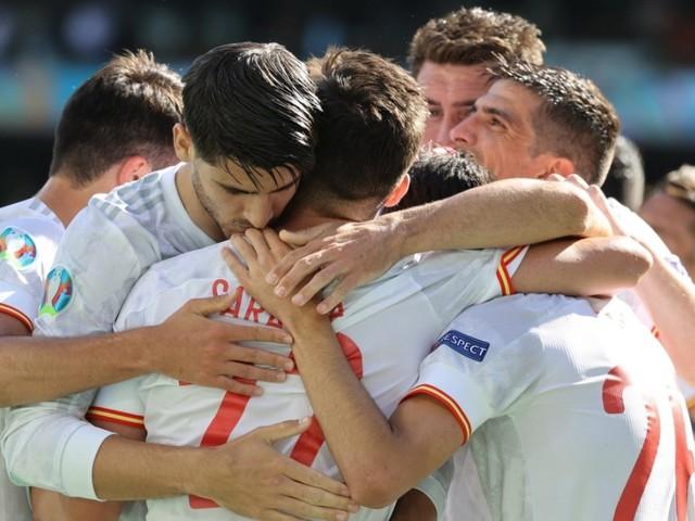 Fußball-EM: Spanien rauscht ins Achtelfinale - Schweden gewinnt Gruppe